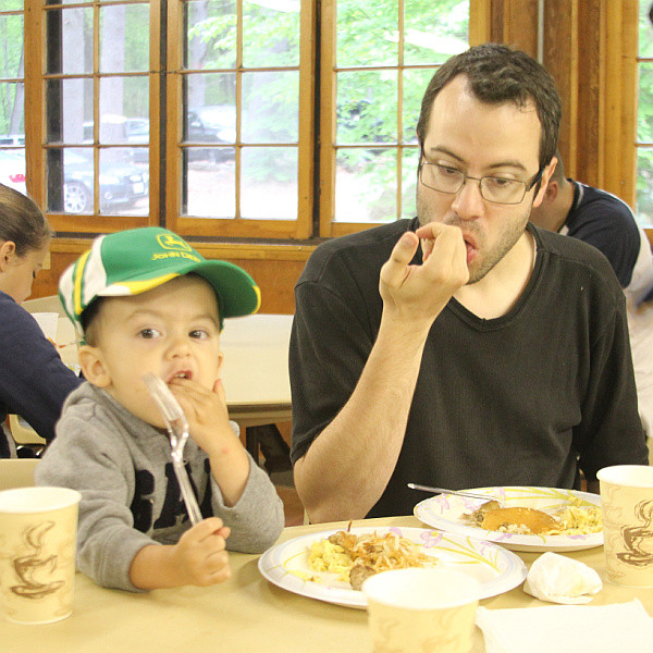 2011-05-28_Father-son_campout_4_sm.jpg